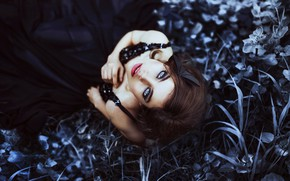 Picture grass, look, girl, mood, makeup, Ronny Garcia, When my black soul leaves, Maria Jose Weigel