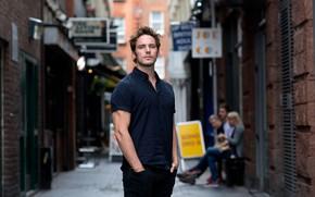 Picture pose, street, actor, male, Sam Claflin