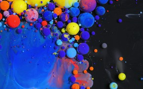 Picture water, balls, paint