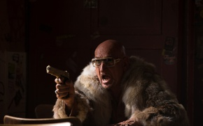 Picture gun, weapons, the film, frame, Autobahn, glasses, coat, Ben Kingsley, Ben Kingsley, Collide