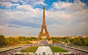 Picture the sky, clouds, trees, people, France, Paris, home, area, Eiffel tower