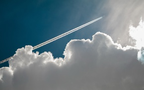 Picture trail, cloud, the plane