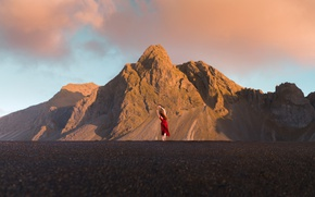 Picture road, the sky, asphalt, girl, clouds, mountains, pose, mood, rocks, red, hair, tops, back, the ...