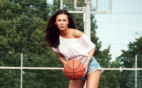 Wallpaper girl, trees, pose, mesh, sport, shorts, the ball, brunette, hairstyle, blouse, basketball, Playground, bokeh