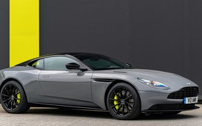 Picture Aston Martin, side view, 2018, DB11, AMR
