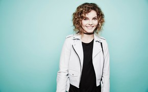 Picture smile, photo, background, jacket, hairstyle, Camren Bicondova