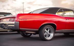 Picture red, classic, Pontiac