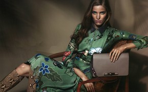 Picture girl, dress, bag, Alisa Ahmann