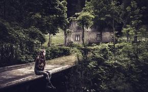 Picture girl, bridge, house