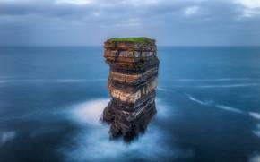 Picture rock, the ocean, photographer, Ireland, Michal Wlodarczyk