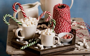 Picture coffee, lollipops, marshmallows