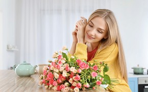 Picture flowers, pose, smile, roses, bouquet, makeup, hairstyle, blonde, kitchen, Cup, jacket, sitting, yellow, cute, teapot, …