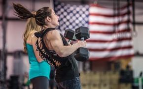 Picture female, Crossfit, hard training