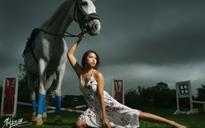 Picture girl, horse, Asian