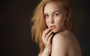 Picture portrait, Kate, the beauty, shoulder, finger