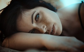 Picture look, close-up, face, makeup, brunette, hairstyle, lies, freckles, beautiful, bokeh, Nikol, Angelo Dau