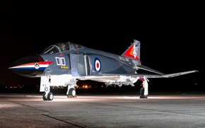 Picture the evening, the airfield, Phantom II, McDonnell Douglas
