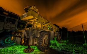 Picture night, color, Heavy Machines