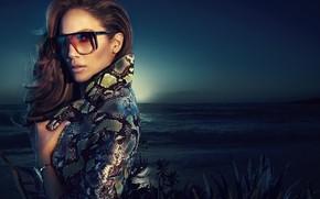 Picture glasses, singer, Jennifer Lopez, celebrity
