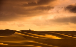 Picture the sky, desert, people