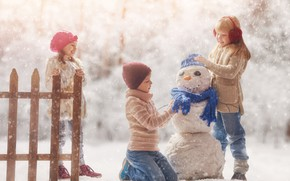 Picture winter, snow, children, the game, snowman