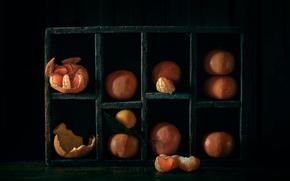 Picture slices, peel, tangerines