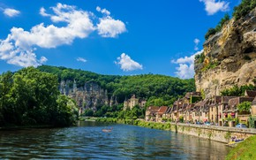 Picture mountains, the city, river, France, promenade, France, Dordogne, kayaks, La Roque-Gageac