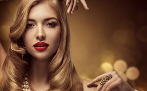 Picture style, hairstyle, blonde, pearl, bracelets, necklace, Inara Prusakova