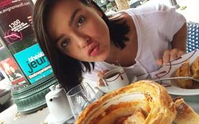 Picture Girl, Kiss, Look, Lips, Face, Girl, Eyes, Machine, Brunette, Singer, Cars, Food, Brunette, Beauty, Eyes, …