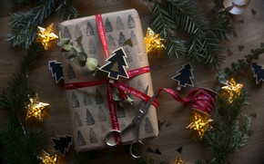Picture gift, new year, tape, bow, box