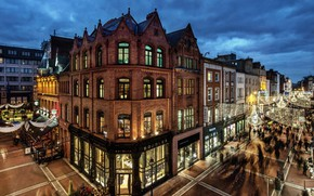 Picture city, lights, twilight, evening, people, houses, Ireland, streets, buildings, Dublin, shops, palaces