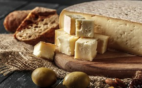 Picture cheese, olives, nuts