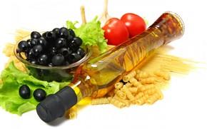 Picture tomatoes, olives, salad, olives, olive oil, pasta