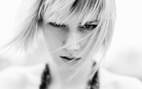 Picture look, portrait, blonde, black and white, Kelsey Close