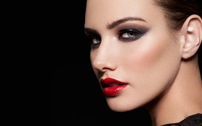 Picture girl, face, makeup, lips, Emily Doyle