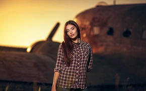 Picture sunset, pose, the plane, background, jeans, makeup, hairstyle, shirt, brown hair, beauty, bokeh