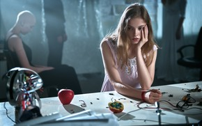 Picture girl, table, Apple