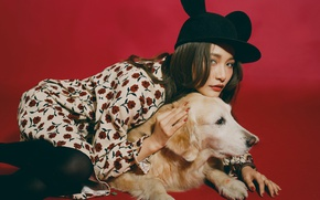Picture look, model, hat, dog