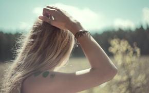 Picture tattoo, blonde, tattoo, bracelet