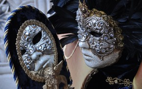 Picture reflection, mirror, mask, carnival
