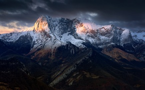 Picture the sky, light, mountains, clouds
