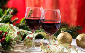 Picture berries, holiday, wine, balls, new year, spruce, glasses, tape, decoration, decor