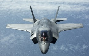Picture weapons, the plane, F-35B Lightning