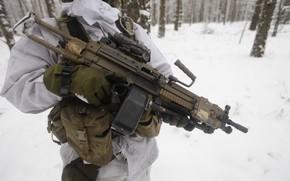 Picture winter, weapons, soldiers, machine gun