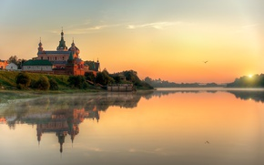 Picture water, the sun, sunset, shore, construction, River, fortress, Russia, Staraya Ladoga, Staraya Ladoga Nicholas monastery