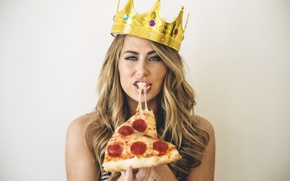 Picture look, blonde, Crown, Pizza, Carter Cruise