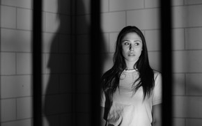 Picture look, girl, black&white, fear, shadow, brunette, black and white, girl, brunette, fear, shadow, glance