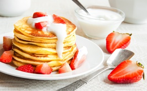 Picture strawberry, pancakes, pancakes, sour cream