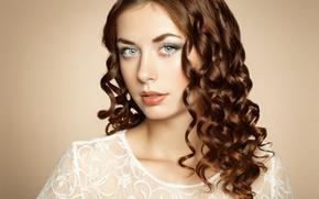 Wallpaper makeup, curls, sponge, photographer Olga Kudryashova, Olga Kudryashova