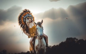 Picture girl, face, horse, feathers, jump, headdress